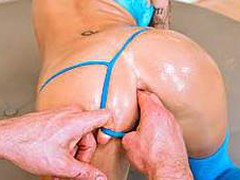 Watch Juelz Ventura getting her flawless round booty slammed inside out by a large hard pecker. That Babe has a lovely pair of breasts and a insatiable excitement for anal sex.